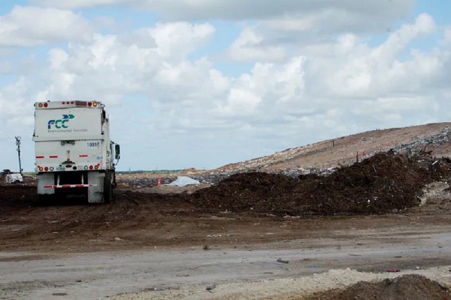 Three of the nation's top 10 methane-emitting landfills are in central Florida, including the Orange County Landfill pictured here, according to numbers provided by the facilities to the Environmental Protection Agency. Amy Green/WMFE